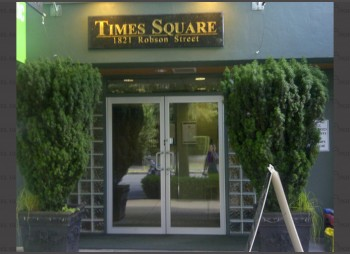 Time Square Hotel – Entrance Door