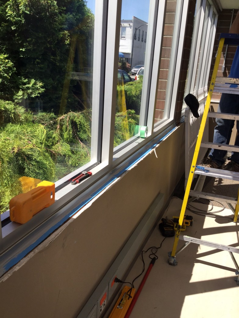 Commercial Building High Efficiency Reflective Window Replacement